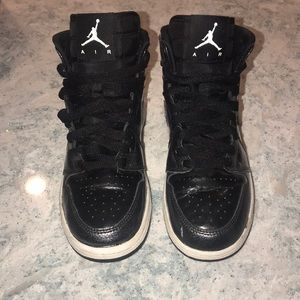 Awesome! Air Jordan's sz 4  Patent Leather Blk